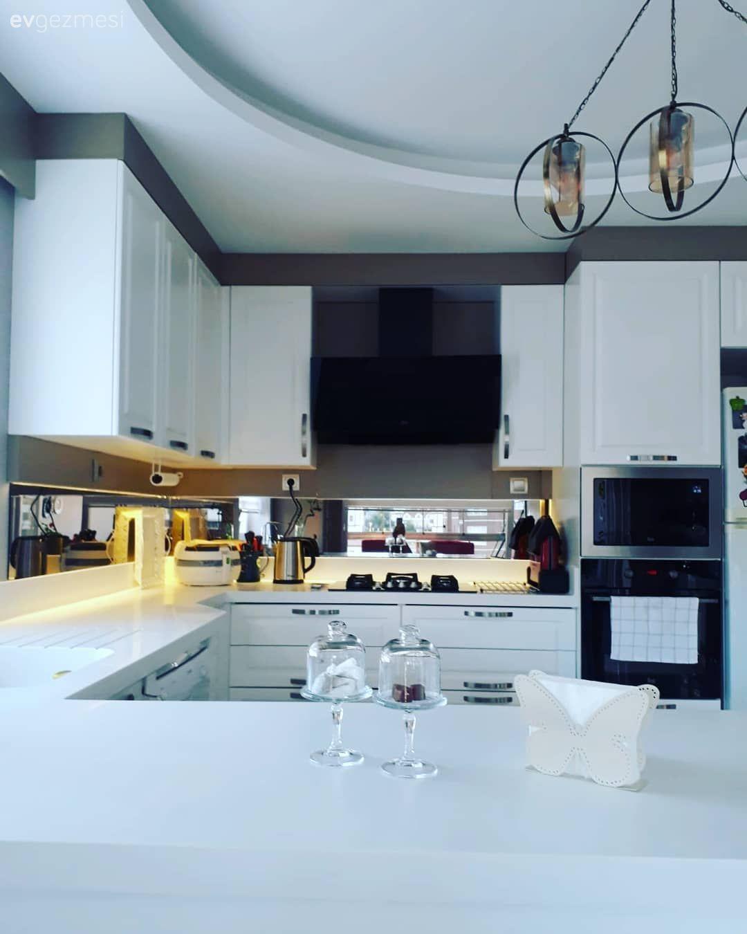 Mutfak Tavan Tasarimlari 5: Bu Evde Ahşap Detaylar Tüm Oyunu Değiştiriyor