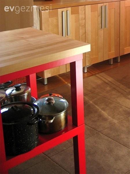 Proje: Ikea Lack sehpalardan minik bir mutfak tezgahı