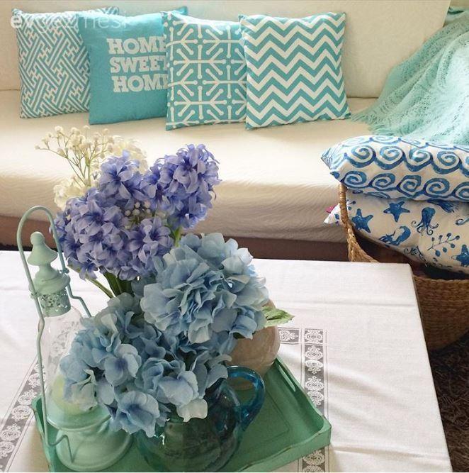 Beyaz renk ile dekorasyon, Çiçekler, Minder, Salon, Yeşil