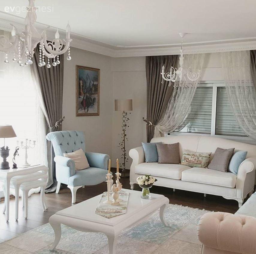Pastel kahverengi, mavi ve beyazla zerafetin şıklıkla buluştuğu bir ev